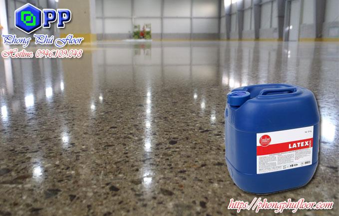 Bảo vệ các tác động xấu từ bên ngoài cho bề mặt sàn bê tông giúp mang lại nhiều giá trị về vẻ đẹp của bề mặt sàn
