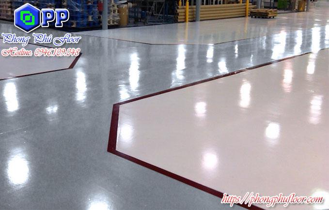 Nền nhà xưởng được đánh bóng giúp ngăn chặn mọi vết bẩn xâm nhập