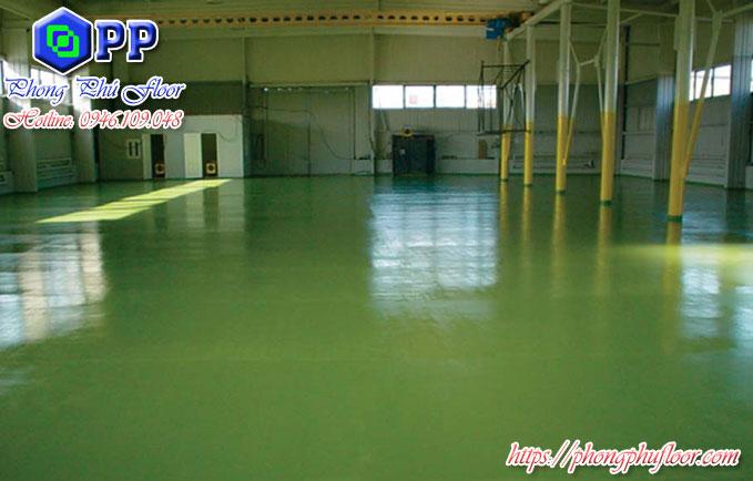 Sàn xi măng epoxy mang lại nhiều lợi ích về bảo vệ bề mặt sàn cũng như là gia tăng tuổi thọ của sàn