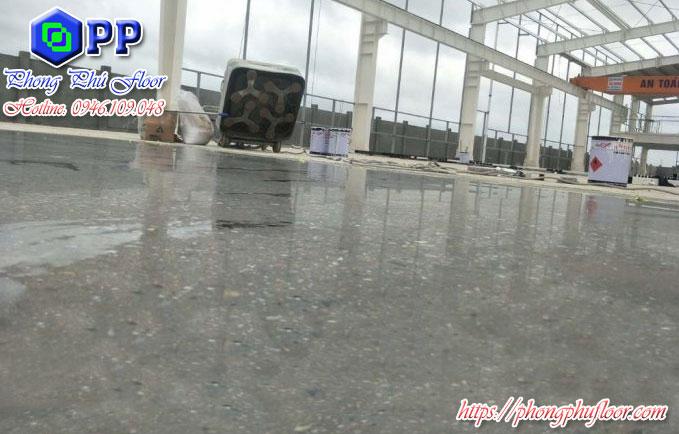 Thi công sàn bê tông terrazzo