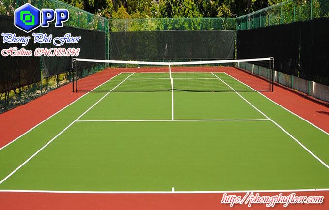 Sân tennis được sơn epoxy có chất lượng và độ bền cao hơn hẳn.