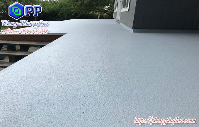 Thi công sơn chống thấm epoxy mái hiên giá rẻ